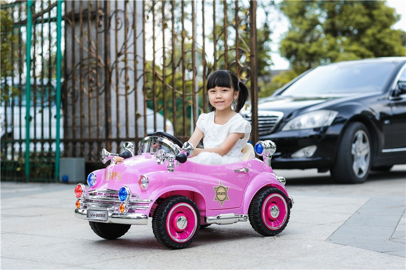 Multifunctional Children Classic police light remote control ride on car