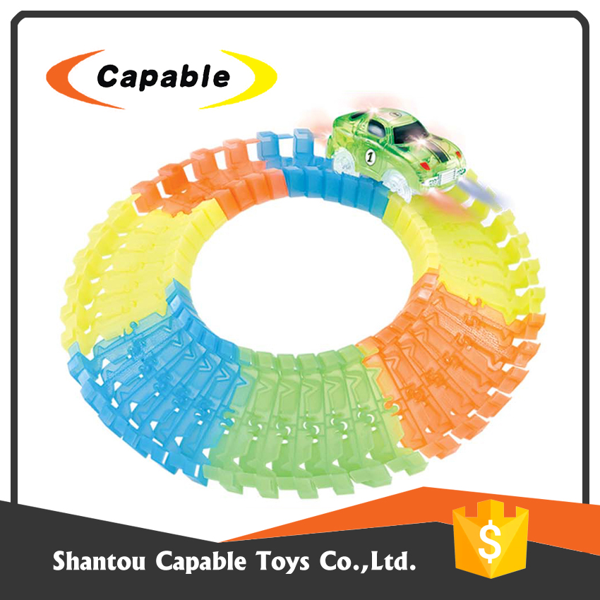 new product plastic kids toys race car track with eco friendly material