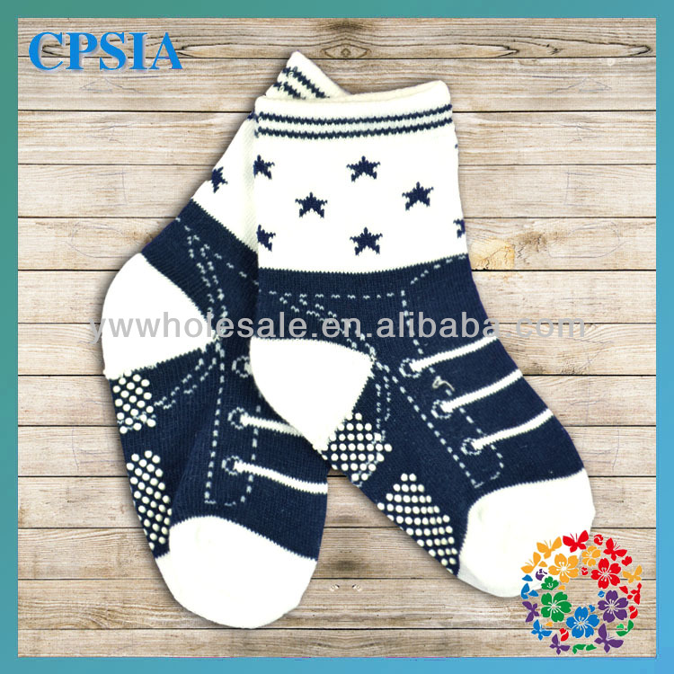 2014 New Arrival Fashion Wholesale Cotton Soft Touch Baby Cute Boy Tube Socks With Rubber Soles Many Designs