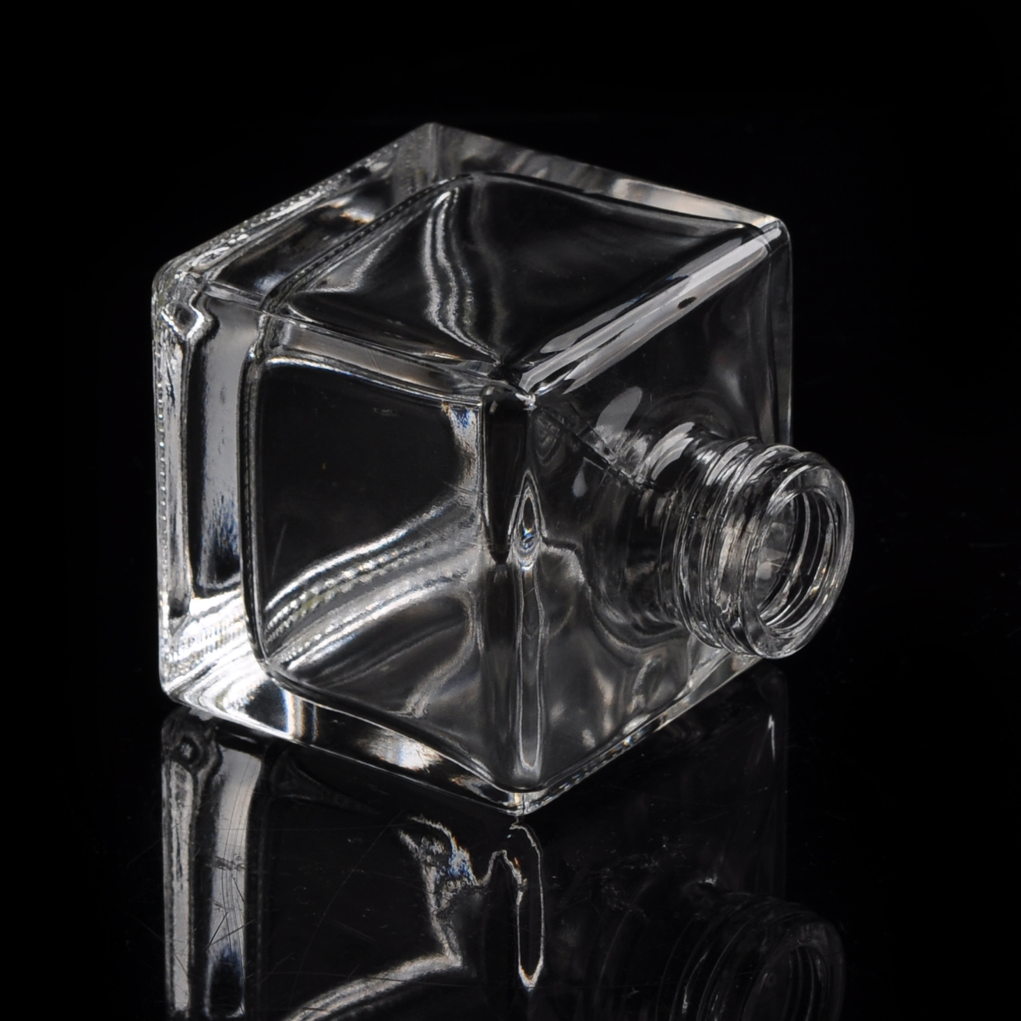 Luxury crystal clear square glass perfume bottle