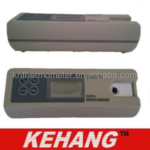 Portable type digital refractometer