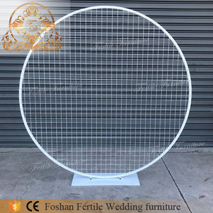Iron metal frame wedding furniture circle wine mesh backdrop