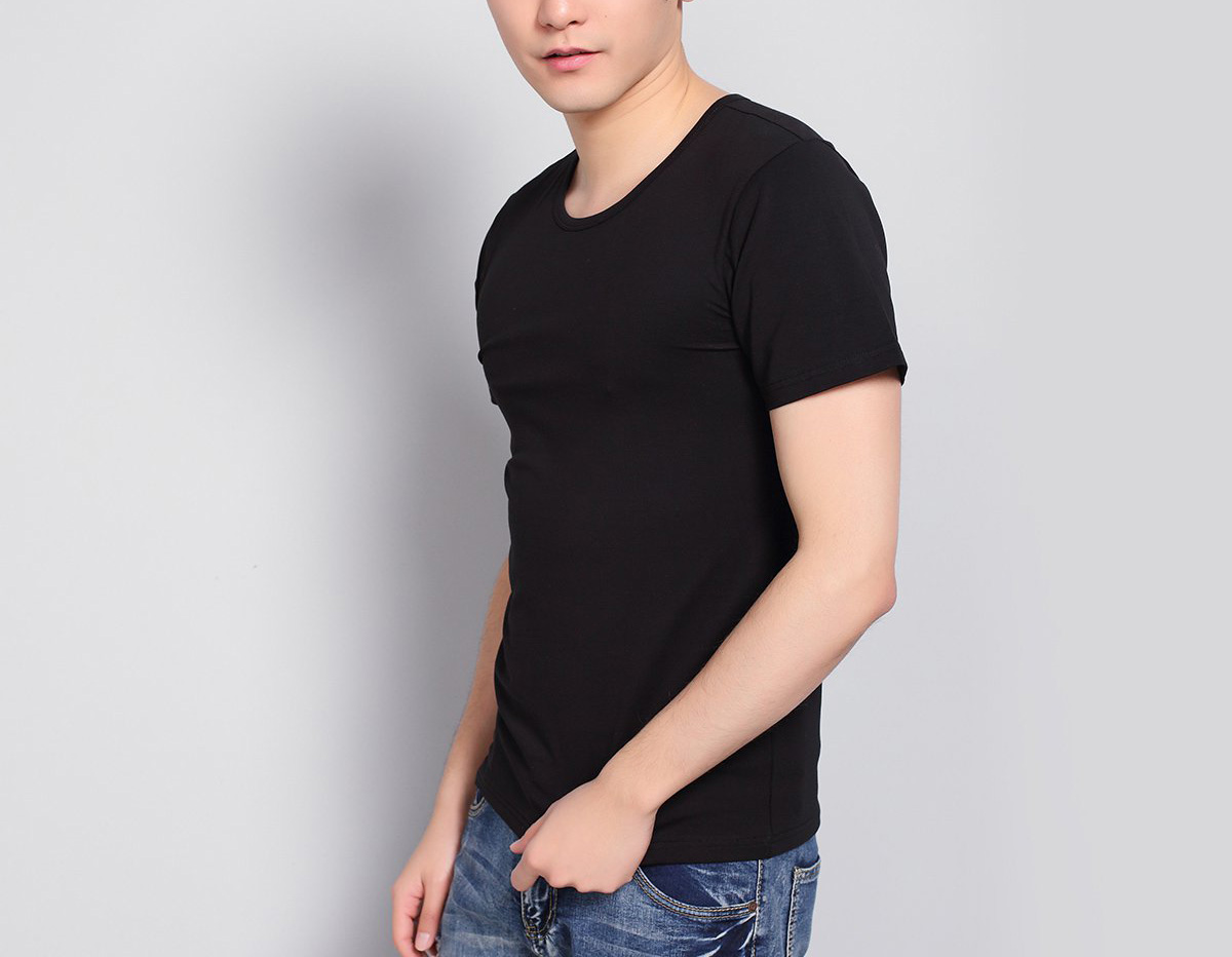 Men's short sleeved combed cotton plain round collar with simple men's T - shirt