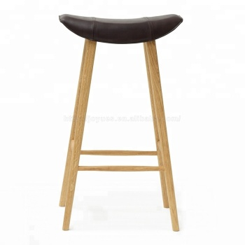 Incredible Italian Saddle Shape Pu Leather Seat Bar Stool With Wooden Bar Stool Buy Pu Bar Stool Leather Seat Bar Stool Pu Seat Bar Stool Product On Bralicious Painted Fabric Chair Ideas Braliciousco