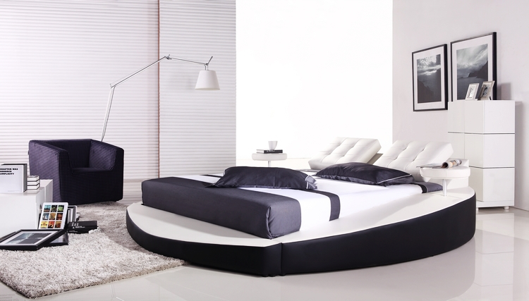 bedroom furniture european modern design top grain leather large king size soft bed with. Black Bedroom Furniture Sets. Home Design Ideas