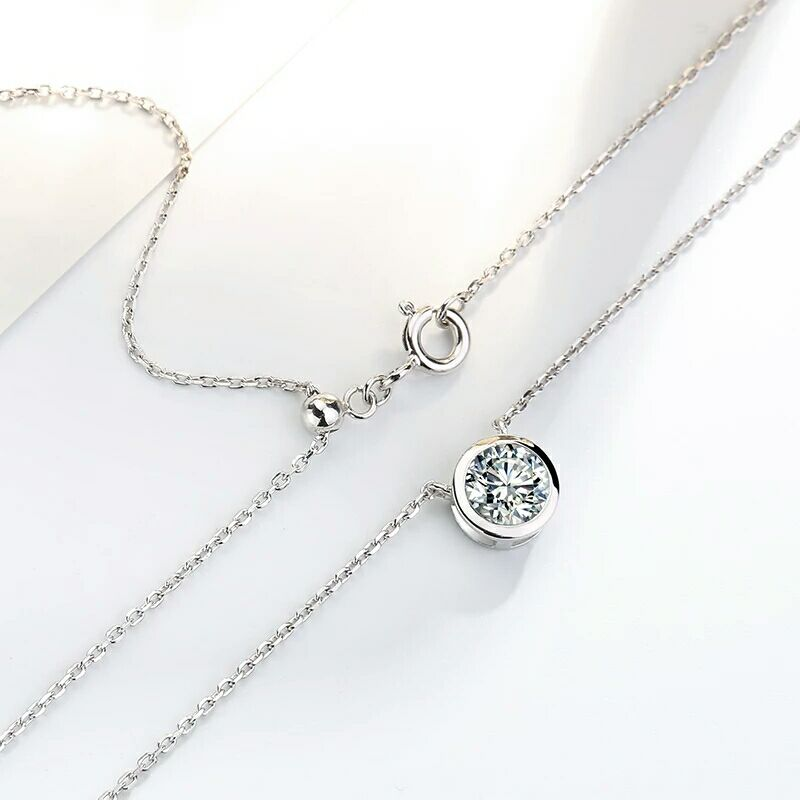 Chic 925 silver inlaid single drill Small strawberry Necklace Clavicular chain for gift