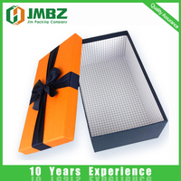 Shipping and packaging hard paper custom clothing box
