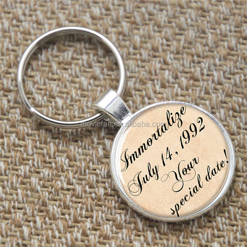 Personalized keyring, july 17,1992 your special date keyring glass Photo Engagement Jewelry keyring