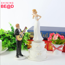 Music Love Resin Wedding Decoration Cake Topper for Engagement Bridal Wedding American Wedding Figurine Decoration