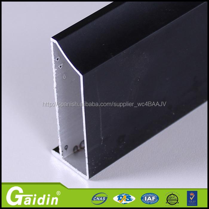 negro,marco de la ventana de aluminio anodizado y el perfil de ...