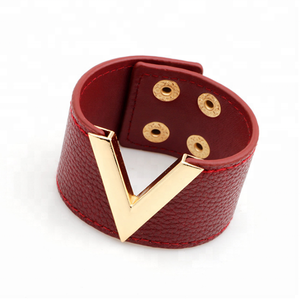 European and American style fashion leather bracelet V letter logo trend ladies bracelet jewelry