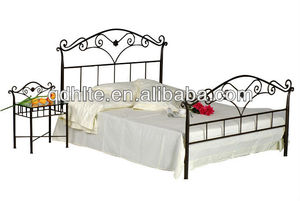 Hot selling bedroom furniture wrought iron bed
