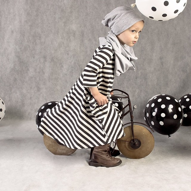 Новый 2015 весна осень ребенок детская одежда девушки три четверти платье девушка принцесса печать платья полосатая одежда 15120
