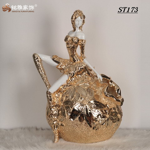 Modern flower arrangement decoration custom resin craft beauty shape flower vase for home decor