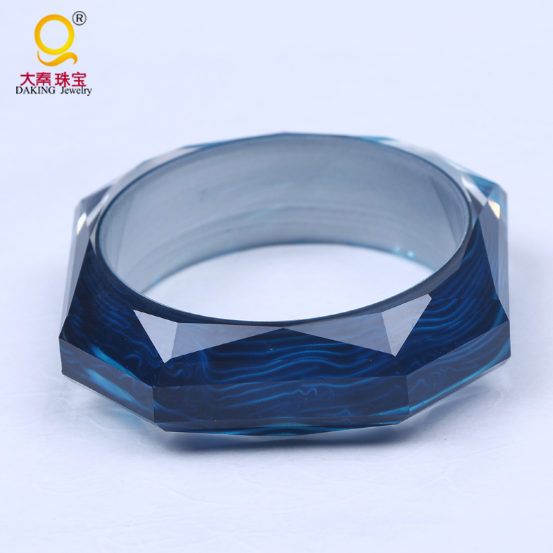 wholesale wide clear resin bangle