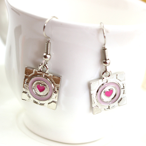 Girlfriend Gift Wholesale Simple Design New Arrival Anime Fashion Pink Heart Earring