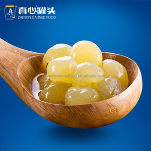 Canned peeled grapes in Light Syrup Packed in tin cans or Jars 680g / 880g