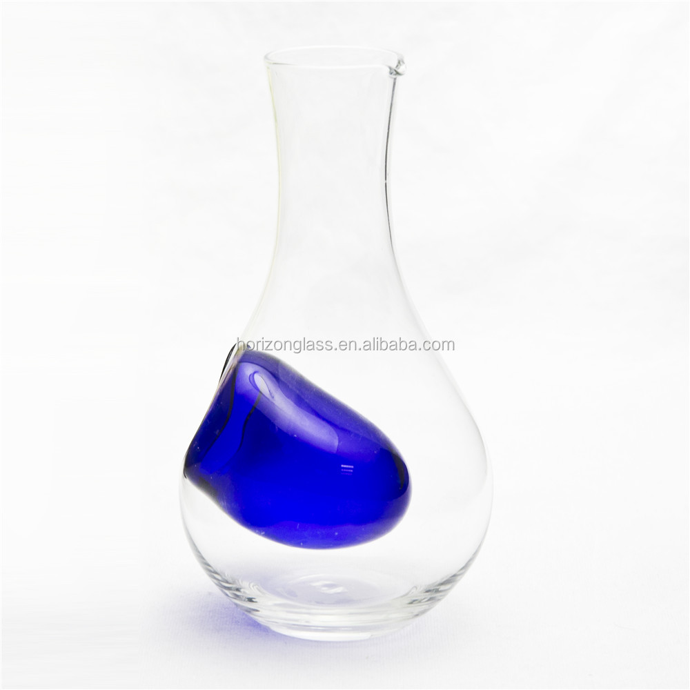 Hand Made Glass Wine Bottle Decanter Glass With Blue Ice Packs