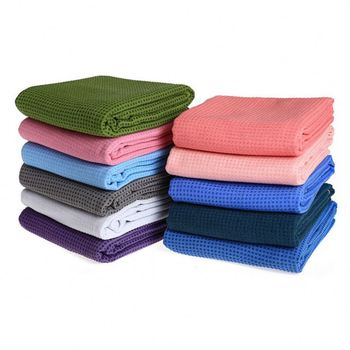 China Supplier Custom Design microfiber chamois printed towel with Non Slip Silicone Dots