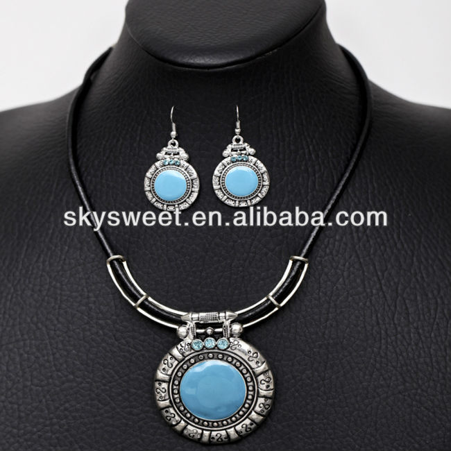 cheap initial pendant necklace set sky blue epoxy necklace vatage necklace set for women made in yiwu NEXR30-2