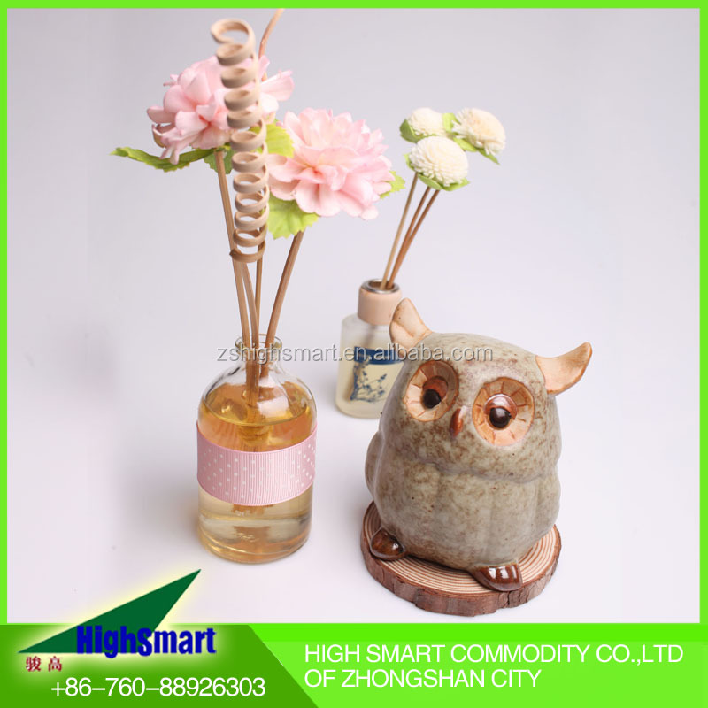 Home fragrance Aroma Diffuser with glass bottle and sola flower