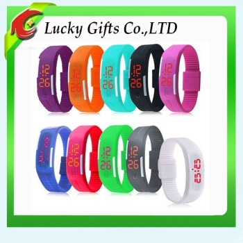 2016 Fashionable Cheaper Waterproof Rubber Digital Silicone Led Watch For Sports