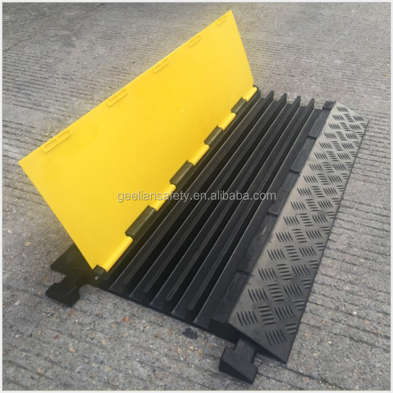 1 channel cable protection ramp in PVC Wire Cover Protector Ramp 1 inch channel floor ramp plastic spiral cord protector