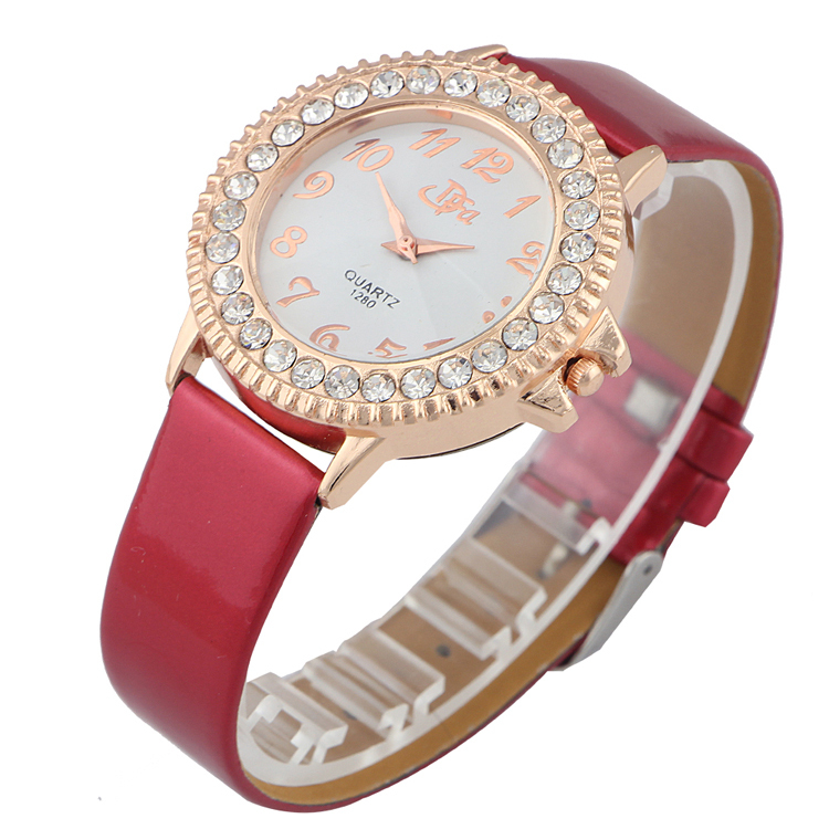 High Quality casual Brand Leather Strap Watches Women Ladies Quartz Dress Watch luxury fashion Rhinestone wristwatches 3 colors