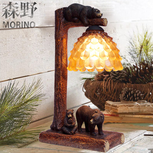 Quality Designer Hand-painted Realistic Antique Bear Figurine Lamp with plastics Shade