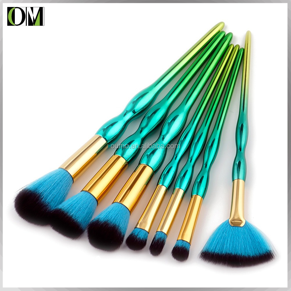 OUMO-2017 best selling cosmetics 7pcs gourd shaped makeup brush private label professional makeup brushes set