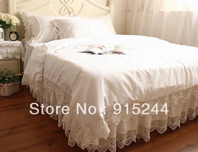 achetez en gros couvre lit de satin en ligne des grossistes couvre lit de satin chinois. Black Bedroom Furniture Sets. Home Design Ideas