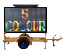 Outdoor Traffic LED Electronic Display Screen Sign Board Mobile Solar Vms Trailer