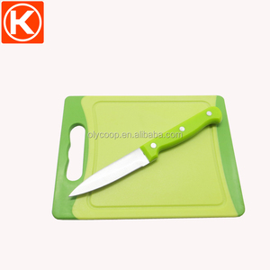 Fruit peeling knife with mini plastic cutting board