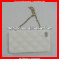 Fashion and trendy silicone cell phone cases for Iphone 4 with metal chains (MYD-1543)