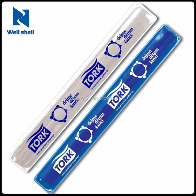 CE EN 71 EN13356 6P free custom promotional cheap Sports gifts PVC plastic Reflective Snap band