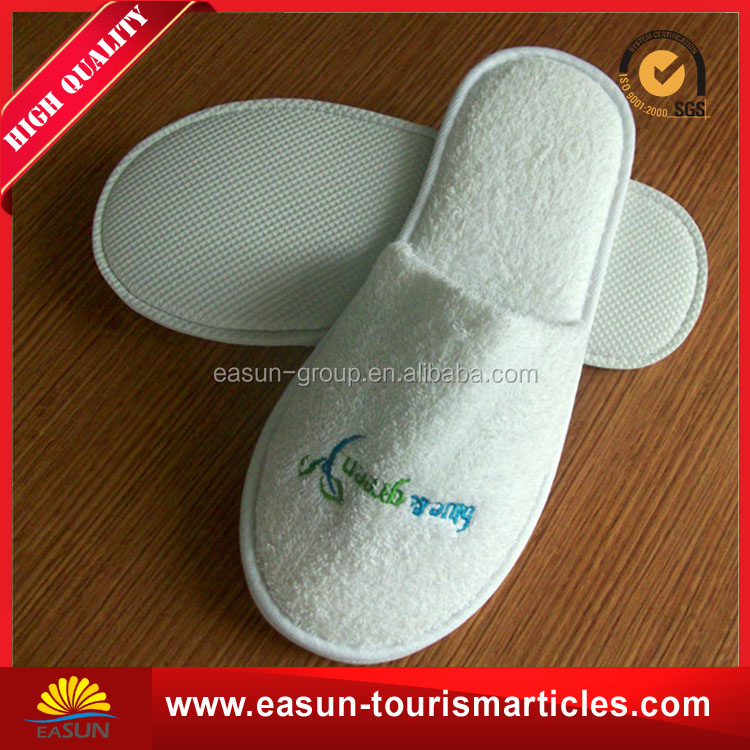 top quality coral fleece embroidered custom hotel slippers