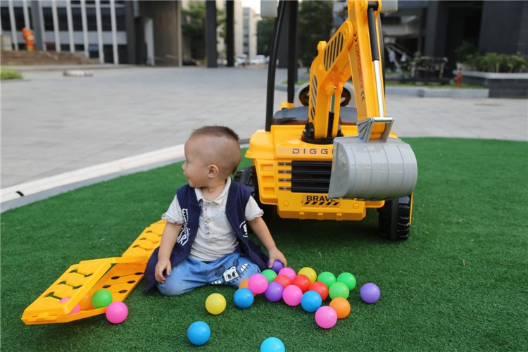 12V Battery Powered R/C Kids Ride On Excavator Truck With Front Loader Digger Children Ride on Toy Car