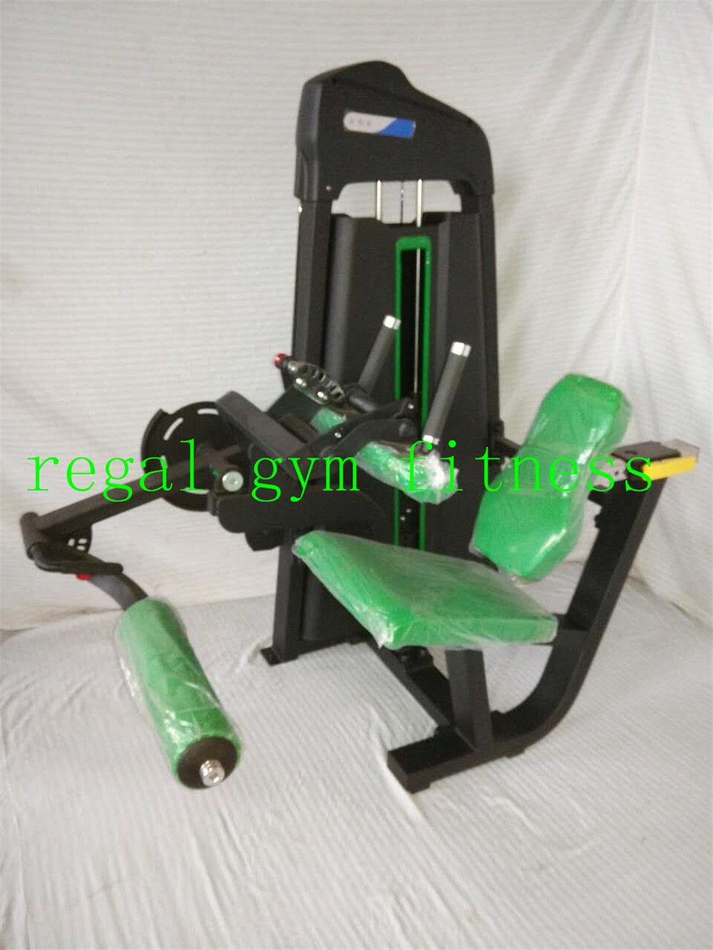 Gym Machinery Muscle Exercise Equipment Seated Leg Curl Sports ...