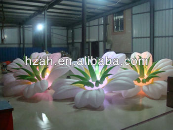 Lighted Inflatable Flower for Decorations