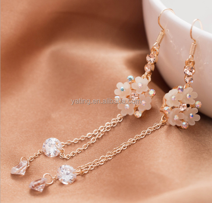 2015 Fashionable Korean Long Diamond Four Leaf Clover Earrings For ...