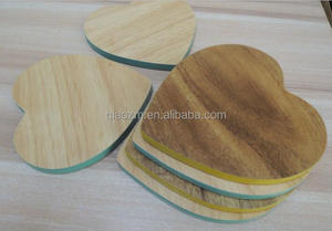 Set of 6 RUBBER / ACACIA WOODEN HEART DRINK COASTER