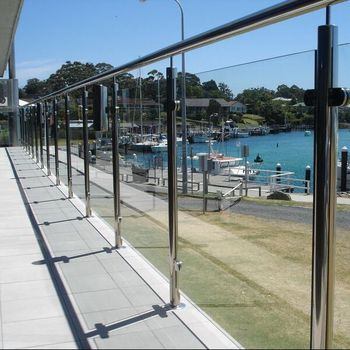 Beau Glass Patio Railing Brackets Glass Deck Railing For Sale