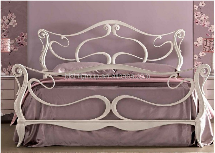 Romantic Princess Snow White Carved Solid Wood Crown Bed in Italian Style BF11-01281d