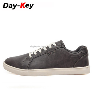 Latest cheap china factory price sport shoes and sneakers for men