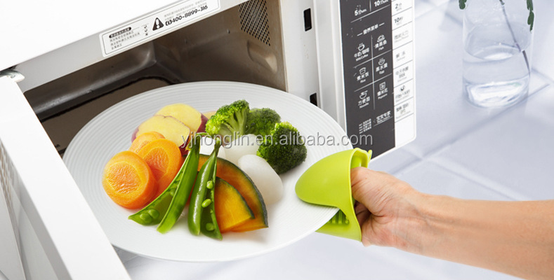 creative microwave oven baking BBQ finger kitchen cook gloves pot holder mini oven mitts