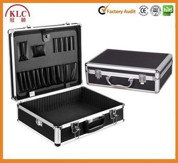 Aluminum Flighting Laptop Carrying Case e9d57e256