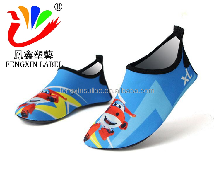 761fc174dbf0 Low Moq Cheap Beach Shoes Swimming Injection Aqua Water Shoes - Buy ...