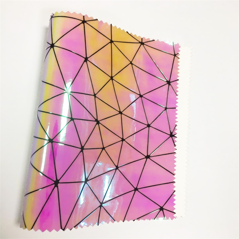 2018 holographic triangle pu <strong>leather</strong> for making bag