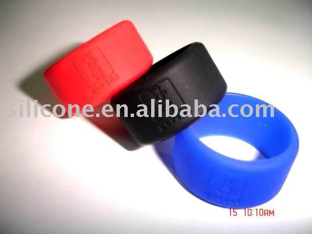 Customized silicone finger ring for business gifts