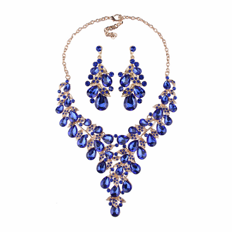 2018 New Teardrop Crystal Necklace Earrings Jewellery Set China Manufacturer Supplies Costume Jewelry Fashion Necklaces And